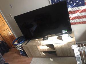 Sceptre 55 inch tv plus tv cabinet for Sale in Northlake, IL