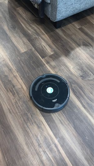 Roomba 675 for Sale in Paradise Valley, AZ