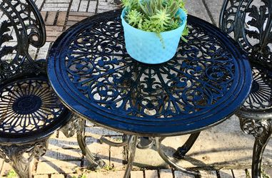 "27"" Vintage Garden Table Set for Sale in Deer Park,  TX"