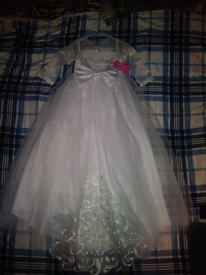 Flower girl dress size 8 for Sale in Fort Worth, TX
