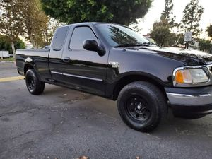 2003 ford F150, Clean tittle, 4 door A/C PLACAS 2021 for Sale in Bell Gardens, CA