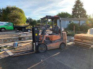 Forklift caterpillar 2003 for Sale in Portland, OR