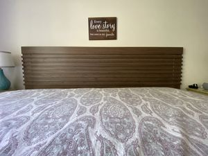 King Headboard for Sale in Brentwood, TN