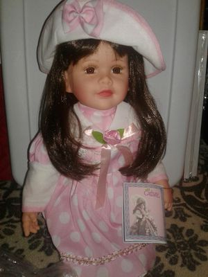 BEAUTTIFULL DOLL NEW COLLECTION CATHAY for Sale in Miami Gardens, FL