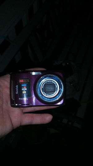 Digital camera for Sale in Broken Arrow, OK