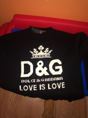 Men's Dolce & Gabana Sweater for Sale in Fort Washington, MD