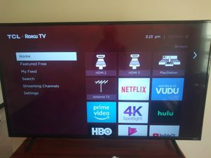 """Tcl 55""""inch smart tv 4k roku for Sale in Akron, OH"""