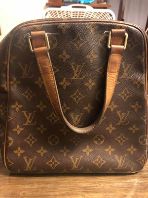 Authentic Louis Vuitton brown leather bag for Sale in Sheffield Lake, OH