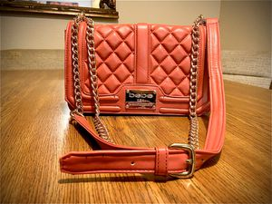 Bebe quilted pink/gold chain Marie crossbody bag for Sale in Little Rock, AR