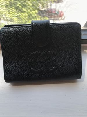 Authentic CHANEL WALLET for Sale in Houston, TX