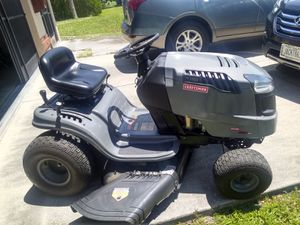 Craftsman 42' Automatic Lawn Tractor for Sale in Port Charlotte, FL
