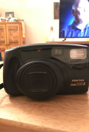 Pentax Zoom 105R 35mm digital camera-inoperable for Sale in Miami, FL