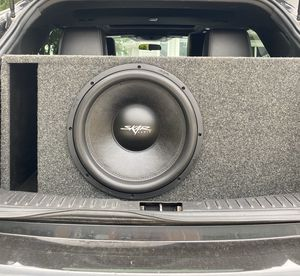 Skar Audio SVR 15, with ported box *PRACTICALLY NEW, ONLY USED FOR 2 WEEKS* for Sale in JACKSON BELDEN, OH