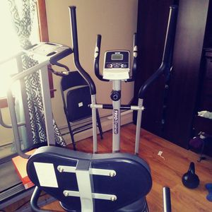 Champ Elliptical for Sale in Park Hall, MD