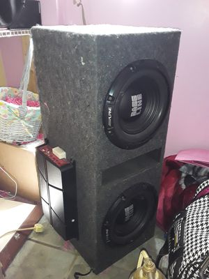 Alpine 10s and pioneer 1000 class d amp for Sale in Avon Park, FL
