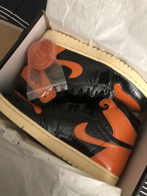 Air Jordan 1 retro high og shattered backboards for Sale in Moreno Valley, CA