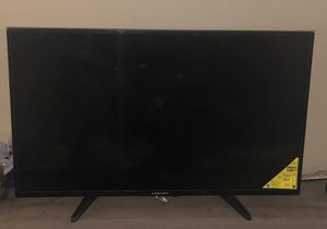 40inch tv element, in a very good condition , reason of selling is moving out for Sale in Davenport, IA