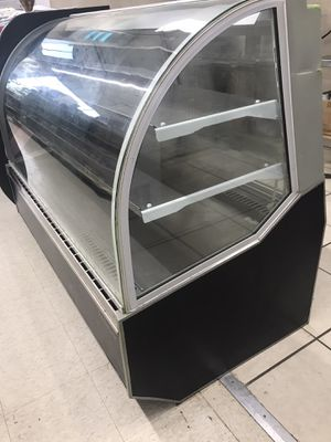Display cooler for cakes/meat for Sale in Ashburn, VA