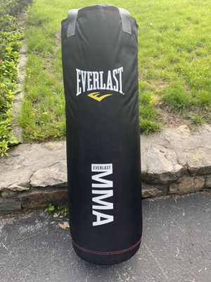 Everlast MMA Punching Bag for Sale in White Plains, NY