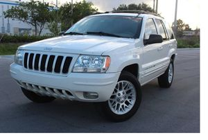 Very Good 2004 Jeep Grand Cherokee AWDWheels for Sale in Fort Worth, TX