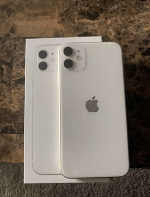 Apple IPhone 11 white for Sale in Holtsville, NY
