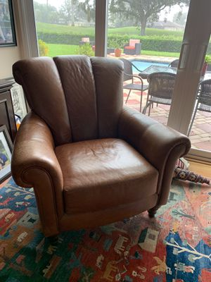 Leather chair for Sale in Hollywood, FL
