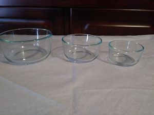 Pyrex clear bowls 7200, 7201,7202 OBO for Sale in Tarpon Springs, FL