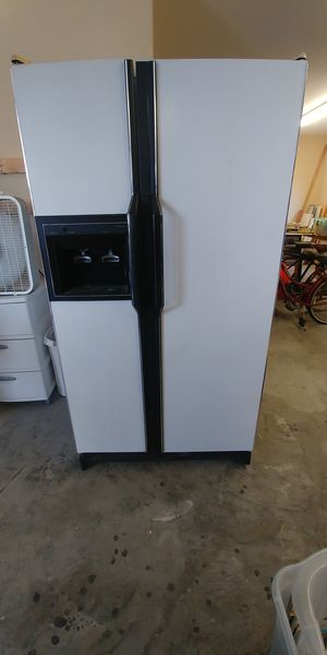 Garage Refriderator for Sale in Murfreesboro, TN