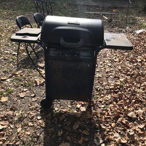 BBQ Gas Grill for Sale in Dallas, TX