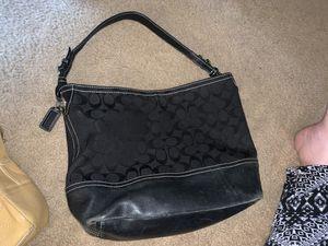 Coach black shoulder bag medium size for Sale in Puyallup, WA