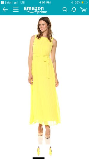 Sharagano Yellow Long Dress for Sale in Napa, CA