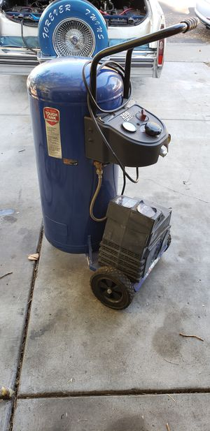 26 gallon air compressor for Sale in Concord, CA