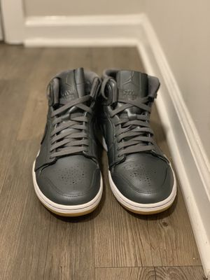 Jordan 1 Retro Mid Nouveau Cool Grey for Sale in Prattville, AL