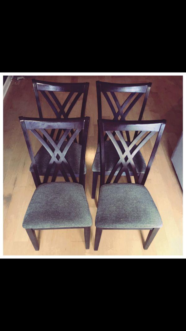 4 chair el Dorado furniture x $30