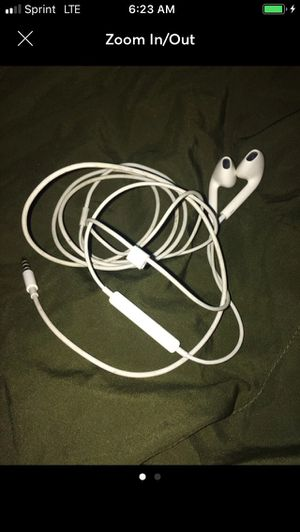 Apple Headphones! Great condition! for Sale in Washington, DC