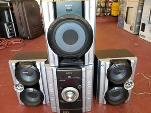 Sony stereo system with 3 speakers for Sale in Orlando, FL