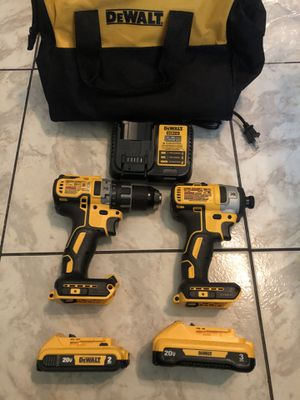 DEWALT 20-Volt MAX XR Cordless Brushless Hammer Drill/Impact Combo Kit (2-Tool) with (1) Battery 2Ah and (1) Battery 3Ah $250 Model number Dcf887 a for Sale in Sunrise, FL