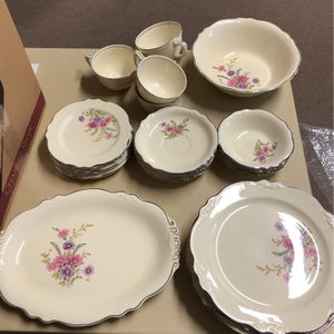 Homer Laughlin Virginia Rose Chinaware for Sale in Tampa, FL