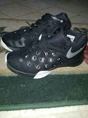 Nike Hyperquickness 3 Youth size 5 for Sale in Dallas, TX