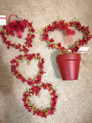 Heart Shaped Topiary and Wall Decor Lot for Sale in Sunnyvale, CA