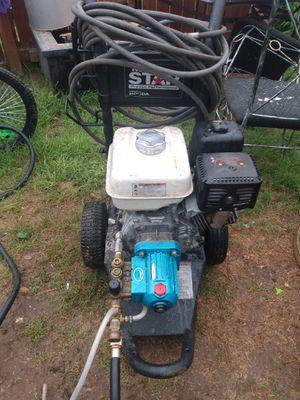 Pressure washer 3000 psi Honda Motor for Sale in San Antonio, TX