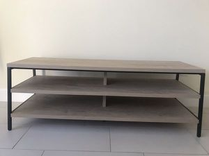 Tv stand, like new! for Sale in Hialeah, FL