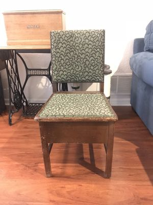 Antique potty chair for Sale in PT CHARLOTTE, FL