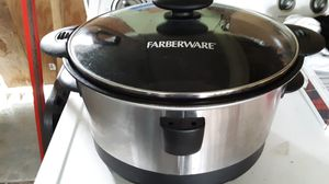 Farberware crockpot for Sale in Bellefontaine, OH