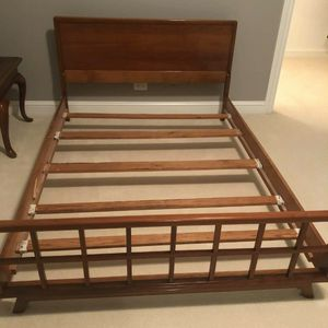 Vintage KLING Mid Century Modern Cherry Wood FULL Size Slat Bed for Sale in Hinsdale, IL