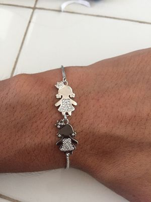 Bracelet with 2 girls charms for Sale in Lake Elsinore, CA