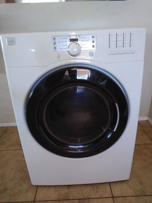 KENMORE, WHITE ELECTRIC DRYER. Super Capacity for Sale in Glendale, AZ