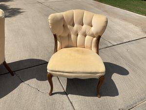 Antique Vintage light pink chair for Sale in Phoenix, AZ
