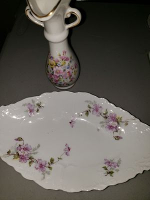 2 Like NEW vintage Antique vase dish OEG Royal AUSTRIA Japan **MAKE an OFFER** for Sale in Las Vegas, NV