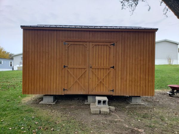 Metal roof shed